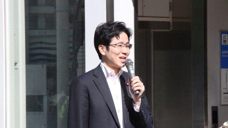 JR新大阪駅東口 国重とおる 国重徹